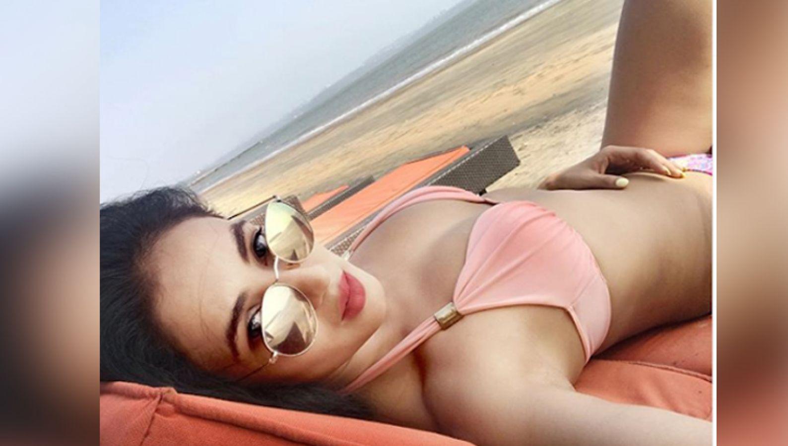Pic Talk: Jannat actress Sonal Chauhan flaunts curves on the beach ...