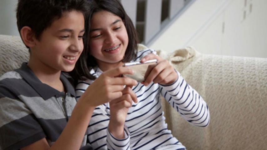 बच्चों को स्मार्ट बनाते हैं Mobile Apps