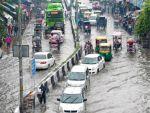 Delhi's rains hit the traffic;affect vehicular movement