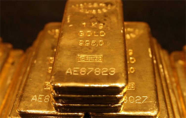 Gold increases on positive global cues, jewelers trade