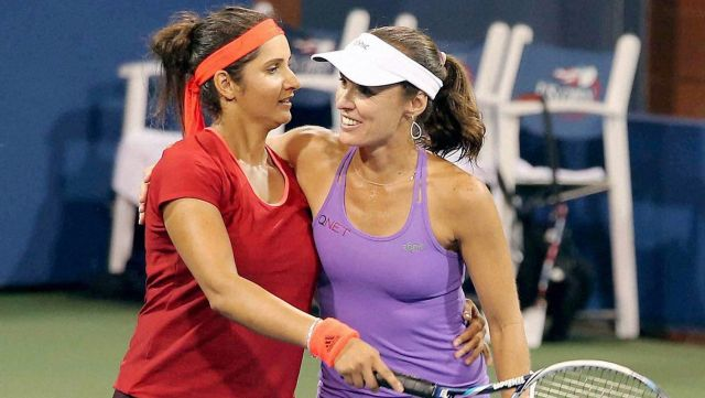 French Open; Sania Mirza-Martina Hingis took victory over Japanese pair