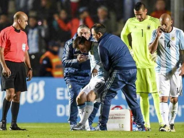 Lionel Messi suffered an injury scare as Argentina down Honduras