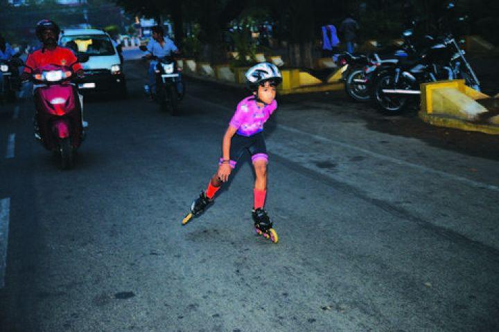 6 year old girl K darshini sets skating record