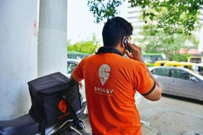 Swiggy sends sorry and Rs 200 coupon after girl asked for sexual favour by delivery boy