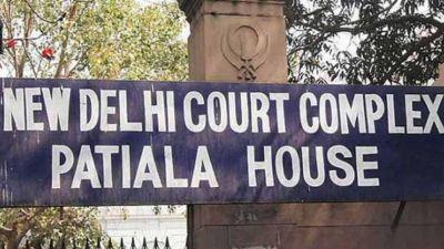 हेलीकाप्टर घोटाला: पटियाला हाउस कोर्ट ने आरोपियों को जारी किया समन