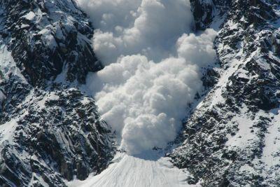हिमस्खलन : बटालिक सेक्टर में बर्फ में दबे पांच भारतीय जवान, 3 जवान शहीद