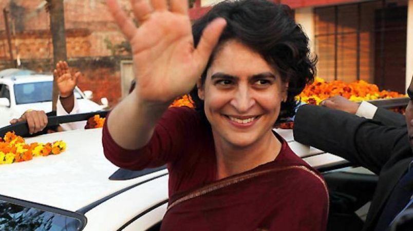 चुनाव प्रचार के अंतिम दिन, आज दो रोड शो करेंगी प्रियंका गांधी