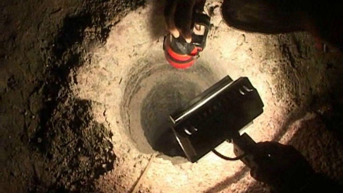मथुरा में सौ फीट गहरे बोरवेल में गिरा बच्चा, शुरू हुआ बचाव कार्य
