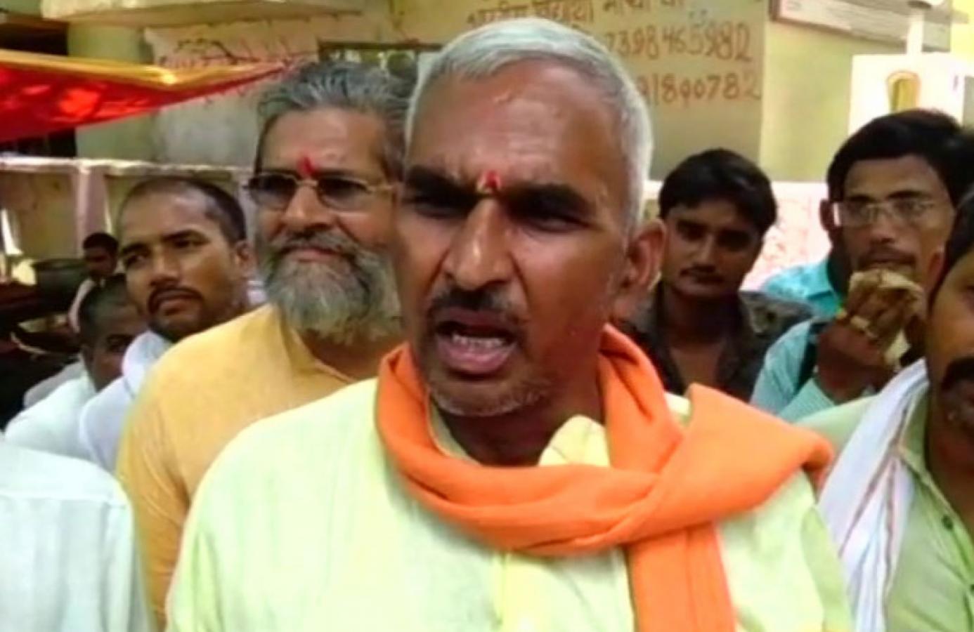 भाजपा MLA सुरेंद्र सिंह के विवादित बोल, कहा बहन-बेटी में पत्नी देखना मुस्लिमों की संस्कृति