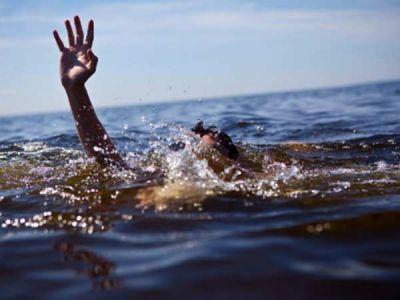 समुद्री बीच पर विद्यार्थियों की डूबने से मौत, जांच के दिए आदेश
