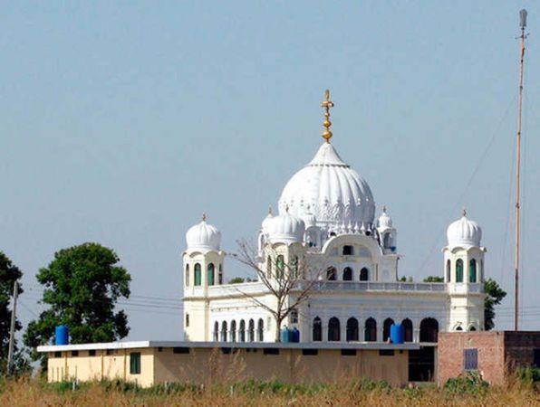 कई देशों से पहुंचे 1000 सिख श्रद्धालुओं को करतारपुर साहिब के दर्शन करवाएगा पाक