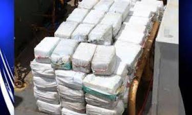 Cocaine worth 10 crore seized from Delhi.