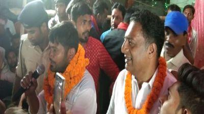 लोकसभा चुनाव: कन्हैया कुमार के लिए प्रचार करने बेगूसराय पहुंचे प्रकाश राज