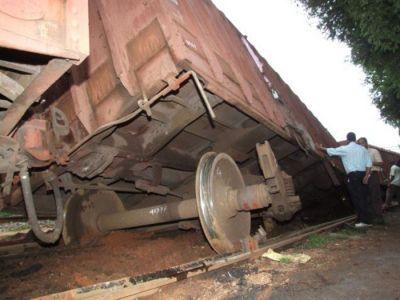 ग्वालियर : बेपटरी हुए मालगाड़ी के चार डिब्बे, आज रेल यातायात पर पड़ेगा असर