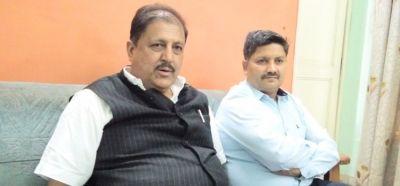 पूर्व बीजेपी विधायक पर कांग्रेस विधायक ने लगाए गंभीर आरोप