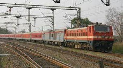 अब मोबाइल में बना सकेंगे रेल टिकट, हरियाणा सरकार ने शुरू की सुविधा