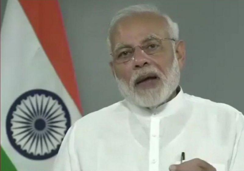 भारत ने श्रीलंका को दिया 10 हज़ार घरों का तोहफा, पीएम मोदी ने दी बधाई