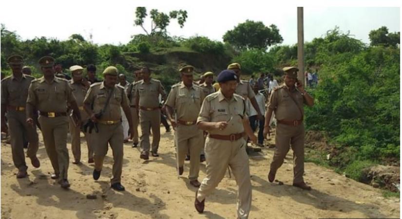 उत्तरप्रदेश के औरैया में दो साधुओं की हत्या के बाद इलाक़े में तनाव