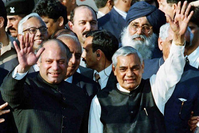 पाकिस्तानी जनता के दिलों में भी बसते थे अटल जी