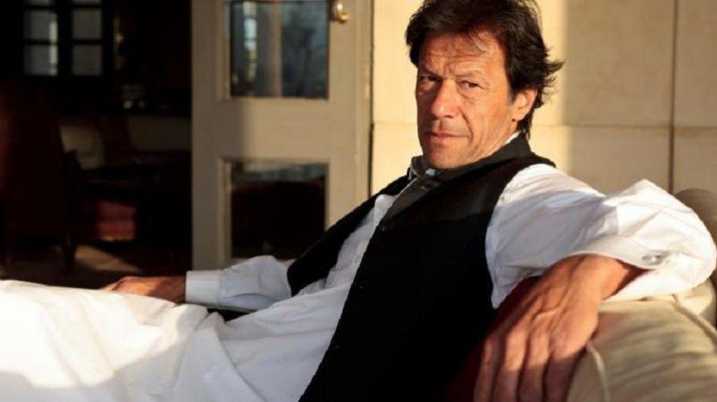 पाकिस्तान राष्ट्रपति चुनाव:  क्या भुट्टो और नवाज़ के चक्रव्यूह को तोड़ पाएंगे इमरान ?