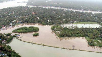 केरल बाढ़ : स्वास्थ्य मंत्रालय ने मंजूर की 18 करोड़ की अतिरिक्त वित्तीय सहायता