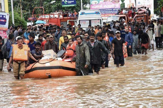 बारिश-बाढ़ से 5 राज्यों में 993  लोगों की मौत, 17 लाख तक पंहुचा शरणार्थियों का आकड़ा