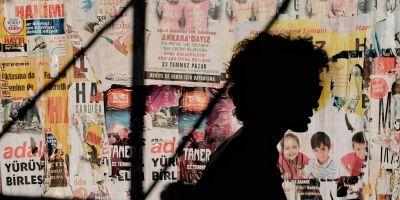 भारत के खिलाफ लोगों को भड़काने के लिए इस देश की मीडिया को मिल रही है मोटी रकम