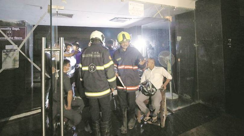मुंबई के अस्पताल में आग ने मचाया कोहराम, 8 की मौत 100 से ज्यादा घायल