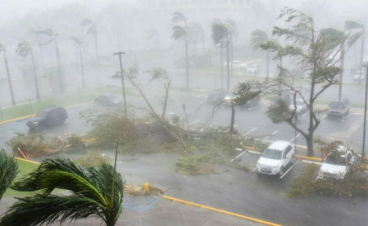 आंध्रप्रदेश पहुँचा 'फेतई', भारी बारिश तूफ़ान से एक की मौत