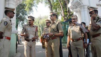 छत्तीसगढ़ पुलिस की बड़ी कामयाबी, तीन नक्सली किए गिरफ्तार पास मिला हथियारों का जखीरा