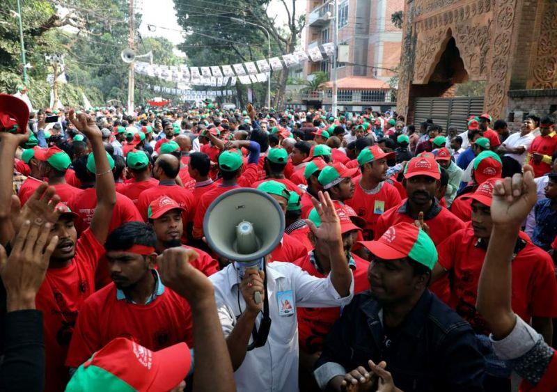 आम चुनाव से पहले दस घंटे ठप रहीं बांग्लादेश की इंटरनेट सेवाएं