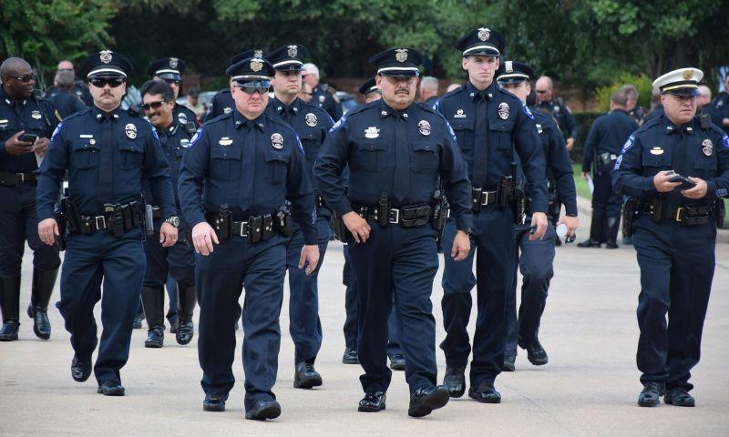 गोलीबारी की घटनाओं को रोकने के लिए अमेरिकी पुलिस ने चलाया ऐसा अभियान