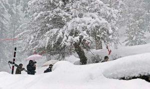 पाकिस्तान-अफगानिस्तान में भारी बर्फबारी, कई लोगों की मौत