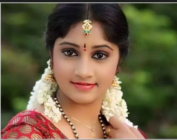 Popular Telugu TV actress Naga Jhansi's boyfriend abetting her for suicide