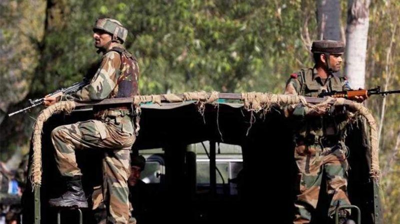 पुलवामा हमला: कश्मीरियों की मदद को आगे आया CRPF, जारी किया हेल्पलाइन नंबर