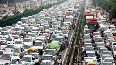 एक्सप्रेसवे पर टैक्सी ड्राइवरों ने टोलकर्मियों से की मारपीट, लगा पांच किमी लंबा जाम