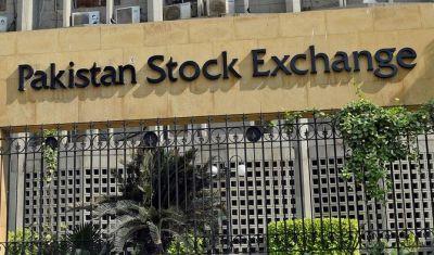 भारत से युद्ध की आशंका के चलते धड़ाम से गिरा पाकिस्तानी शेयर बाजार