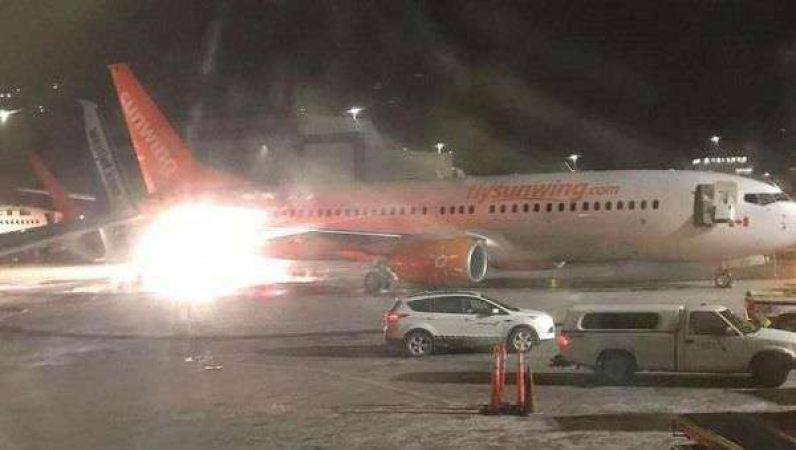टोरंटो हवाई अड्डे पर आपस में टकराए दो विमान