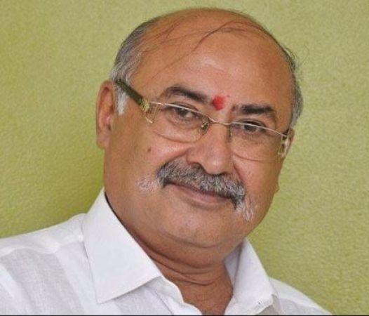 Former BJP MLA shot dead onboard Sayaji Nagri Express in Gujarat