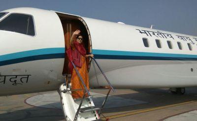 उज्बेकिस्तान पहुंची सुषमा स्वराज, प्रथम भारत-मध्य एशिया वार्ता में होंगी शामिल