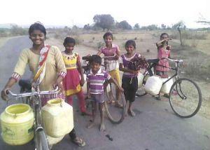संयंत्र बंद होने से पानी के लिये तरसे दिल्ली के लोग
