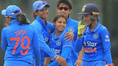 महिला विश्व कप, भारत ने पाकिस्तान के खिलाफ 5 वें ओवर में खोया पहला विकेट