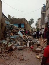 Building collapsed in Bengaluru,Severe injuries to 2 of the family members