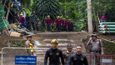 थाईलैंड:  मिशन सक्सेस, सभी बच्चे और कोच निकाले गए