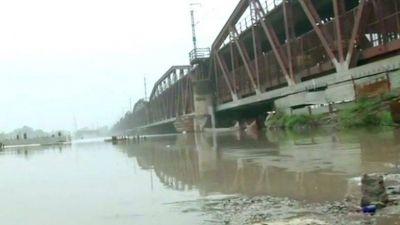 रेलवे ने फिर खोला बाढ़ के कारण बंद दिल्ली का लोहा पुल, ये है नया प्लान