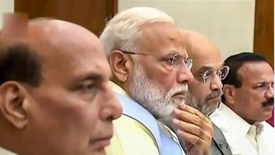 PM Modi's first cabinet meeting takes big decisions, farmers and students will get these benefits