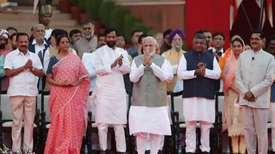 51 Union Ministers of Modi cabinet are millionaire, PM Modi have this much
