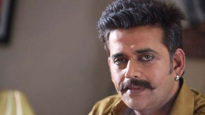 CM Yogi My Lord Krishna, I am his Arjun: Ravi Kishan
