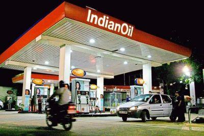 देशभर में खुलेंगे 25 हजार नए पेट्रोल पंप