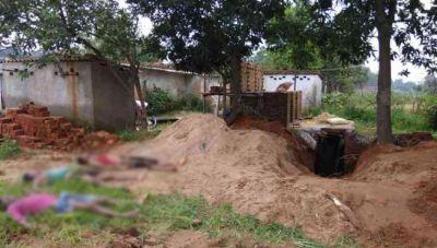 टॉयलेट टैंक सफाई में बाप-बेटे समेत 4 लोगों की मौत